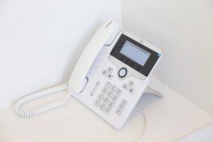 gniazdo telefoniczne telefon